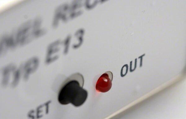 Dickert E13-40A101 Funkempfänger 1 Kanal 40 MHz AM 24V